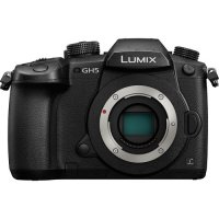 Panasonic Lumix GH5 4K Body Kit